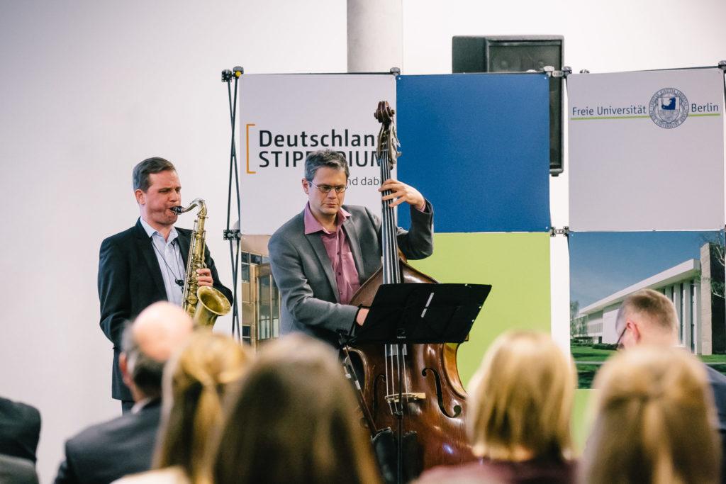Jazzduo bei einem Konzert in Berlin-Dahlem