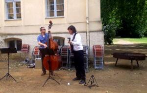 Jazz Trio mit Gitarre und Kontrabass bei einer Hochzeit bei Fürstenwalde / Spree